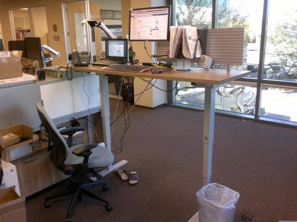 20140401.lifting-desk A